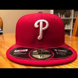 NWT -Philadelphia Phillies men's baseball cap